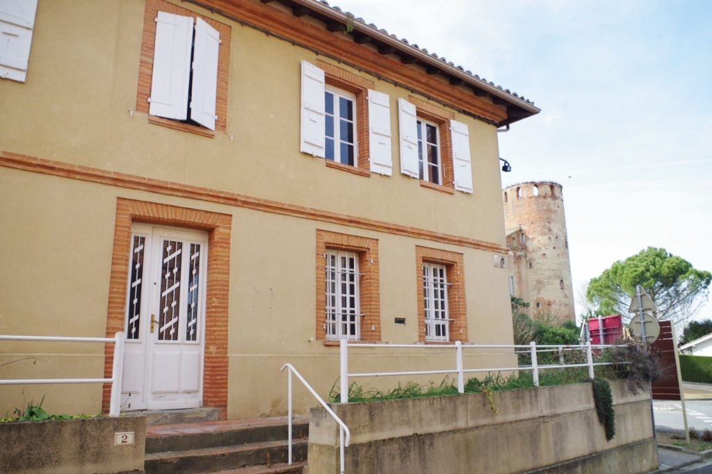 maison-launac-5-pieces-175-m2-au-centre-ville